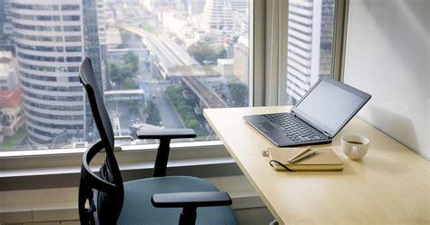 bureau d ordre et d emploi bien ranger bureau 12 bureaux d 39 ordinateur