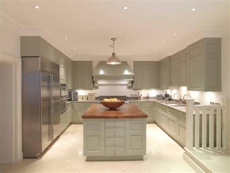 exemple de cuisine en u idée cuisine avec îlot perspective mouvement lumière