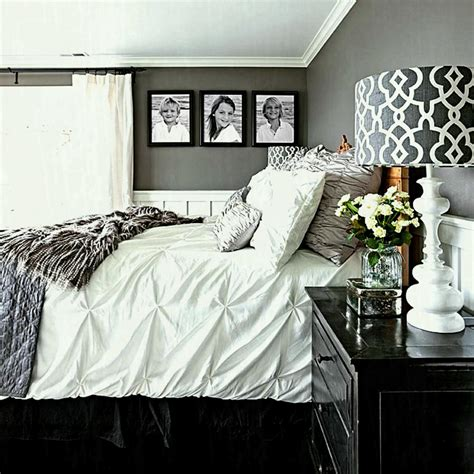 Captivating Gray Bedroom Wall Decor Silver Grey Ideas