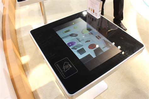 touchscreen restaurant table forecasts    human