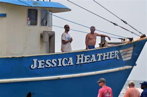 vessel fishing atlantic beached aground pressofatlanticcity ran remain aboard missouri heather jessica avenue crew members monday aug which beach