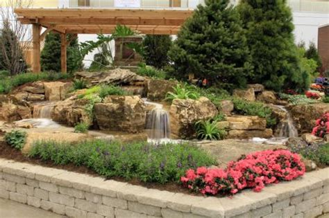 Aquascape Chicago by Aquascape Designs Showcases Water Features At Chicago