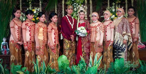 jasa foto pernikahan murah surabaya rizky yuniar mauludi