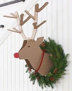 Renne En Carton : une t te de renne en carton diy sur votre mur no l christmas scandinavian christmas ~ Melissatoandfro.com Idées de Décoration