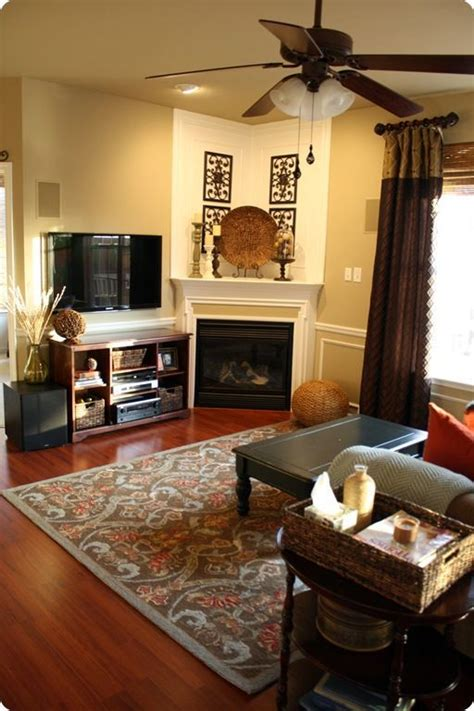 Living Room Design Ideas With Corner Fireplace by Best 25 Corner Fireplace Decorating Ideas On
