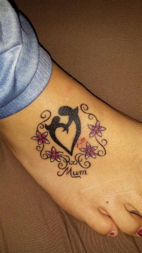 mother daughter tattoo flowers pink swirls mum tattoo