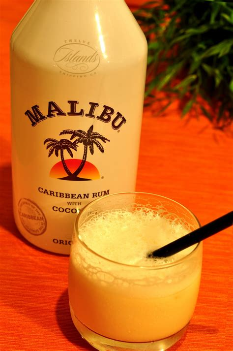 Stir this together until it's well combined. Fabryka Smaku: Drink Malibu z mlekiem