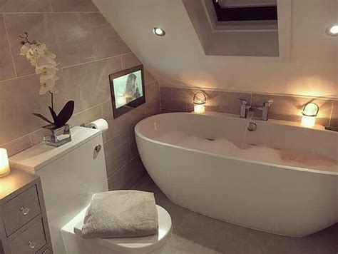 kleines schmales bad unter dachschräge 44 best kleine b 228 der mit dachschr 228 ge images on innenarchitektur badezimmer und