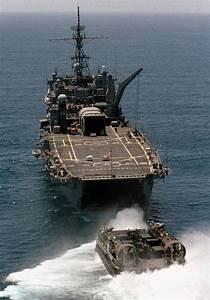 lpd 4 class navy ships