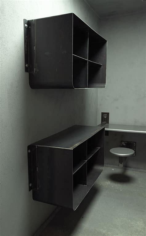 prison cell replica temporary services