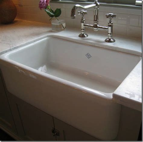 shaws original farmhouse sink care 25 best ideas about shaws sinks on apron sink
