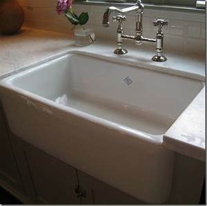big fan of farmhouse sinks for the home pinterest With big farm sink