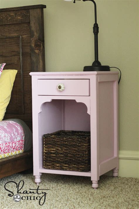 Nightstand Plans Free by White Nightstand Diy Projects