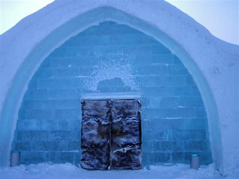 swedish ice hotel pictures