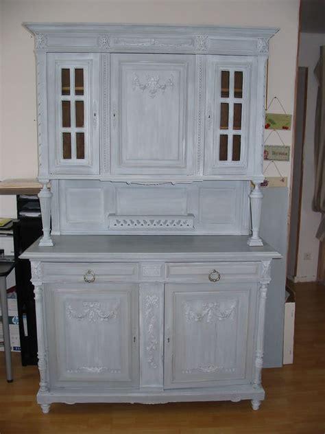 cuisine ceruse gris meuble ancien patiné gris tendance peinture et patine