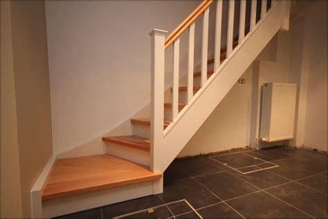 peindre un escalier en bois verni mev sprl finition peinte