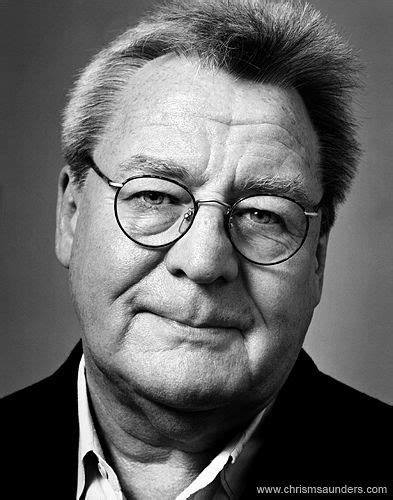 Alan Parker - Pink floyd's The Wall, Angelheart, Midnight ...