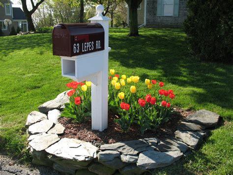 mailbox landscaping mailbox garden ideas landscaping