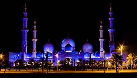 Abu Dhabi Mosque Wallpaper by Sheikh Zayed Mosque Wallpapers Islamic Wallpapers Kaaba