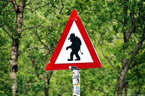 Norway places & views # 1: Troll road sign - Mark König ...