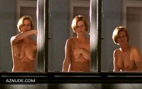 Nackt  Suzanne Pringle Discover Suzanne