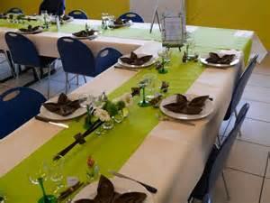 deco de table id 233 e table voir arrangement fleurs bapt 234 me baptiste