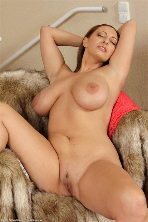 Hot All Natural Busty Milf Exposed Pichunter