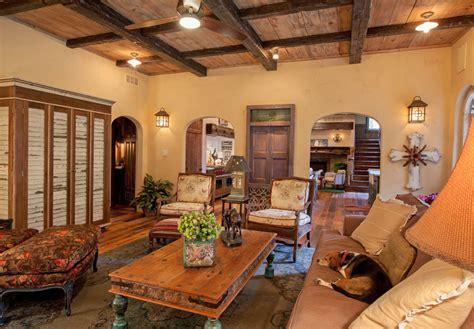 deco cuisine rustique maison rustique à l intérieur en bois et ambiance bien