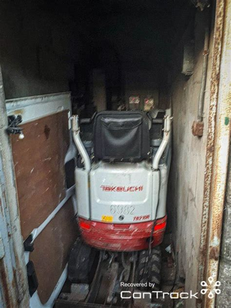takeuchi excavator stolen  south wales cantrack