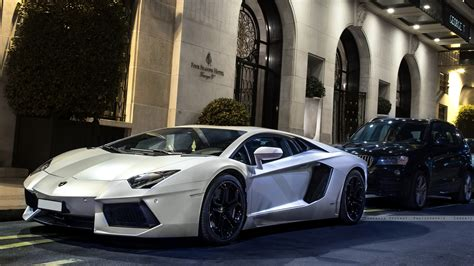 Best Lamborghini Wallpapers For Pc by Lamborghini Aventador In White Car Wallpapers Hd Www