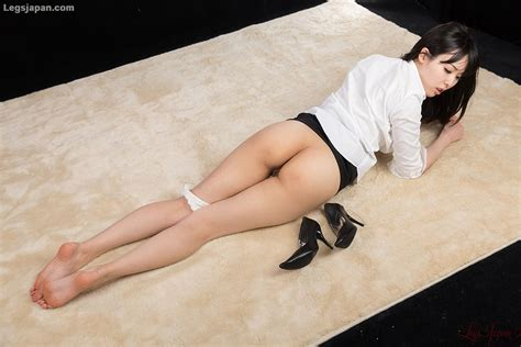 Natsuki Yokoyama, 横山夏希, Japan Leg Fetish - OL Footjob