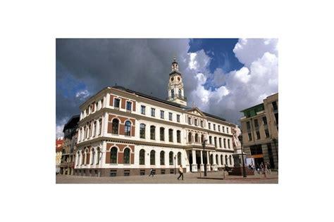 Rātsnamā notiks Saeimas komisijas izbraukuma sēde - Rīga - Latvijas reitingi