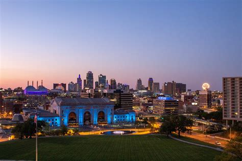The Top 5 End Of Summer Activities In Kansas City