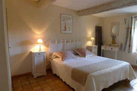 chambre hote grignan chambres d 39 hôtes à chantemerle lès grignan le parfum bleu