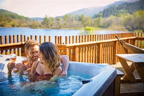 cheap lodges with tubs scotland cabins and lodges with tubs in scotland visitscotland