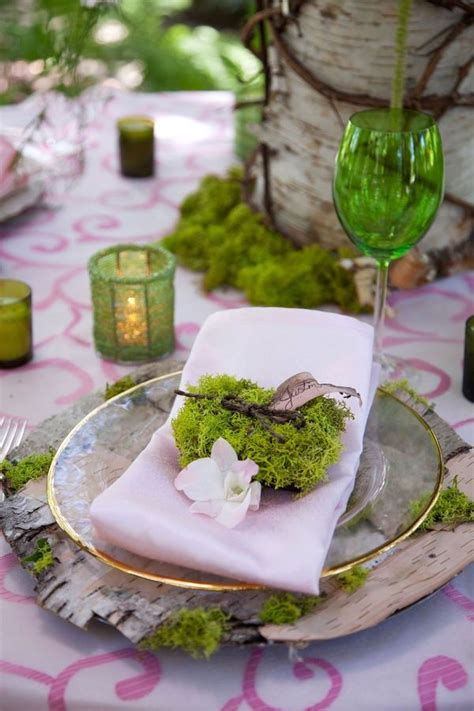 How To Incorporate Moss Into Your Wedding Decor 7 Ideas
