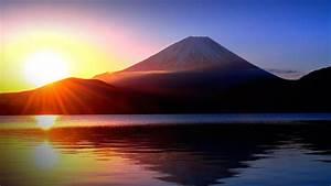 Sunrise, And, Mount, Fuji, From, Lake, Motosu, Japan