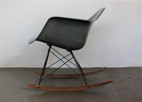 Schaukelstuhl Rar Von Ch. Und R. Eames
