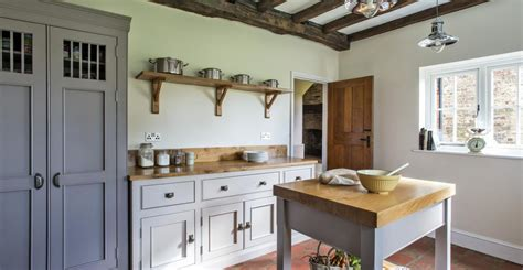 free standing kitchen cabinets uk be free the virtues of a freestanding kitchen middleton 6714