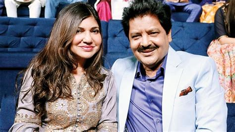This Is Adorable! Check Out Alka Yagnik And Udit Narayan's