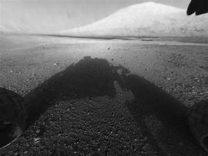 Mars Curiosity First Pics | Mars Curiosity Lands | Robert ...