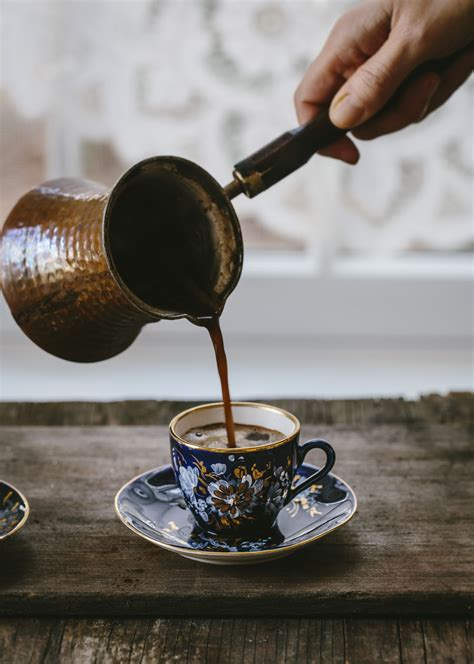 How to Prepare, Order, and Drink Arabic Coffee