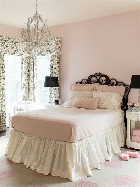 pink walls bedroom family home with neutral interiors home bunch interior 12894