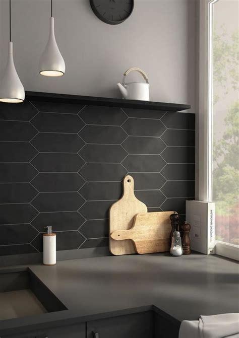 cr馘ence plan de travail cuisine awesome carrelage cuisine noir mat pictures lalawgroup us lalawgroup us