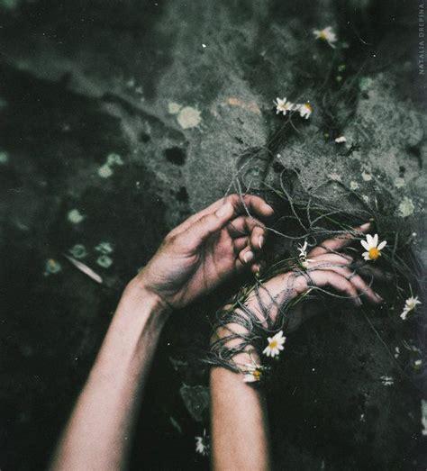 floral death  nataliadrepina artsy fartsy people