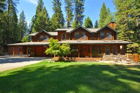 creek cabin rentals cedar creek cabin rentals 90 vacation properties for