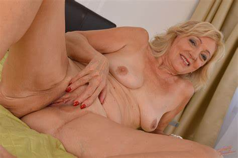 Years Old Euro Hot Boned Bride Blond 65Yo Granny Kamilla Gives Stretched And Spermed By