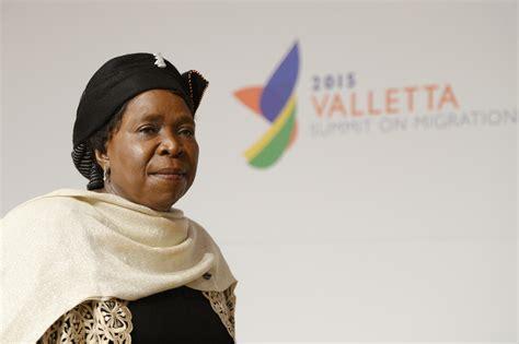 si鑒e union africaine l union africaine peine à faire aux défis du continent la croix