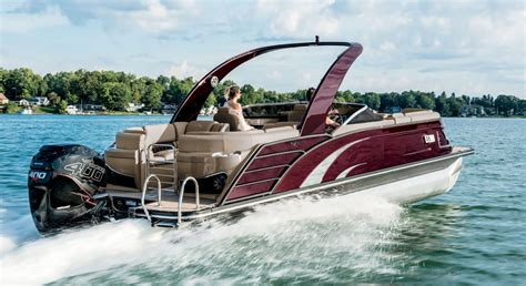 Pictures Of Bennington Pontoon Boats by 2017 Qx25 Fastback Fiberglass Pontoon Boats By Bennington