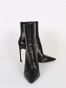 Dior - Black Leather Pointy Toe Ankle Boots 38   Luxury Bags